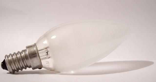 žárovka se závitem E14.jpg