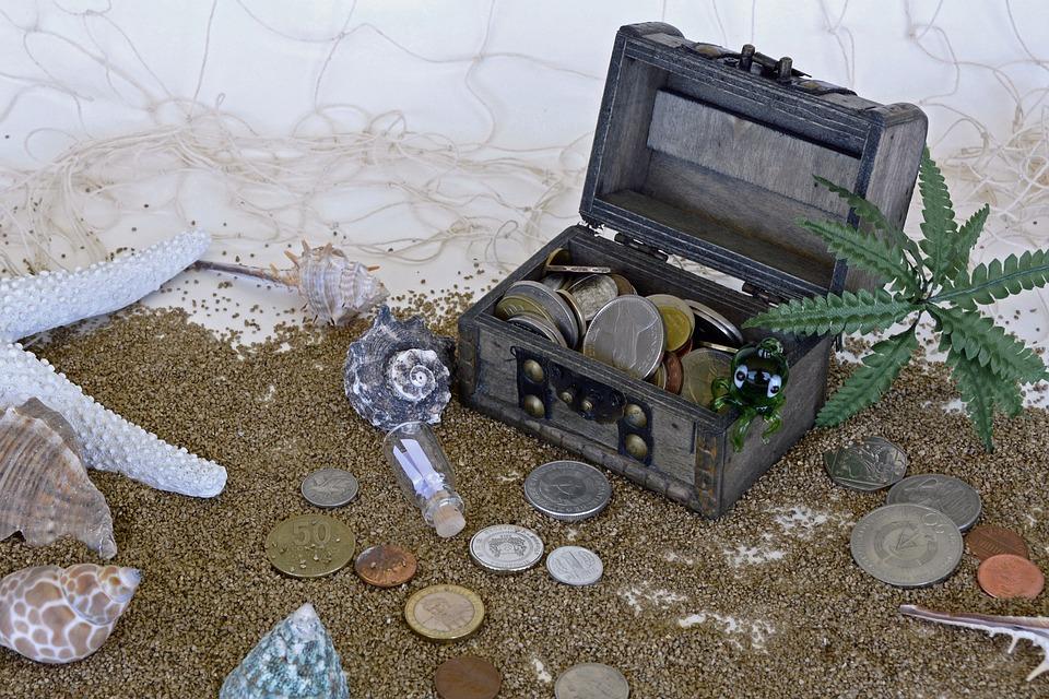 truhlička s mincemi